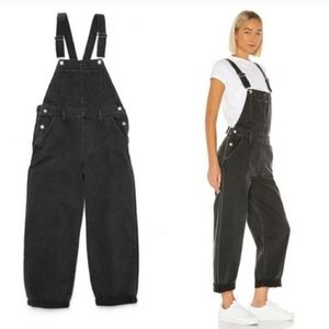 Levis slouch overalls size 29 M black wash